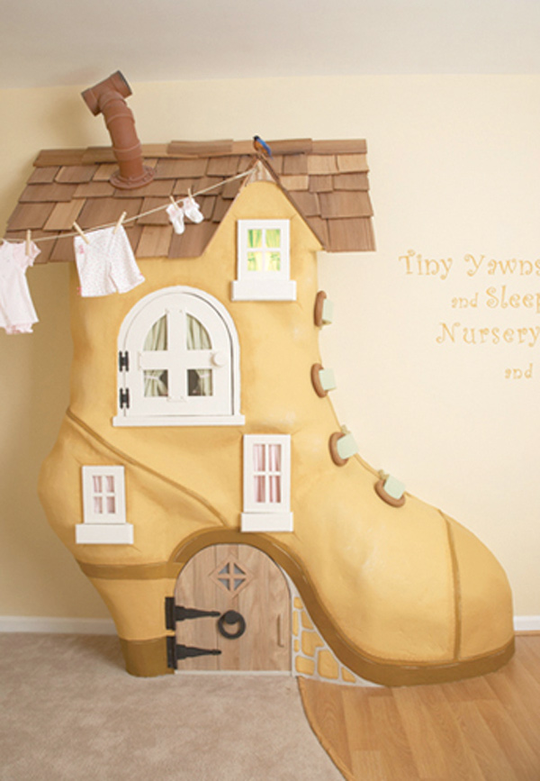 Cobbler-with-Shape-of-Cowboy-Shoe-Theme-Kids-Bedroom-Design-Ideas-From-Kidtropolis-9