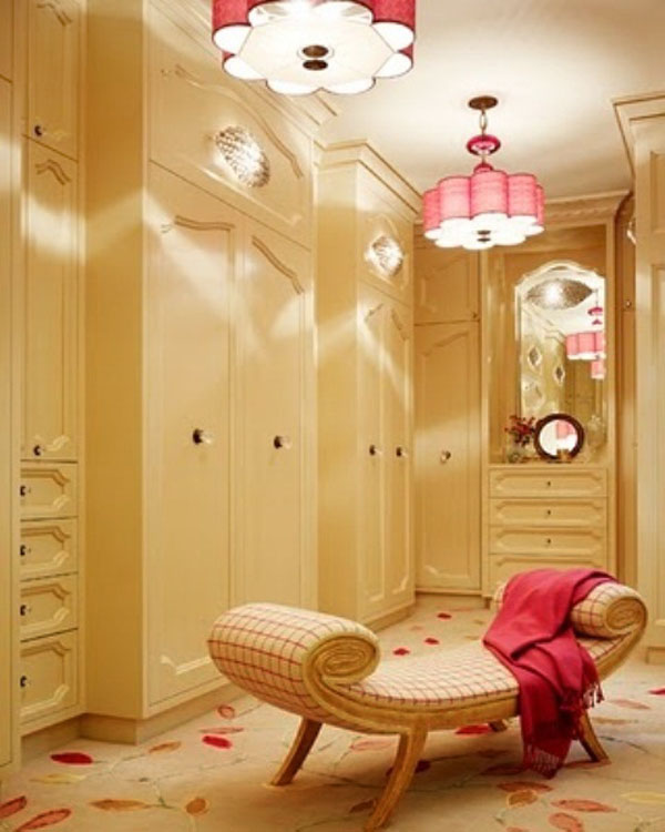 Luxury-Walk-In-Closet-Design-Ideas